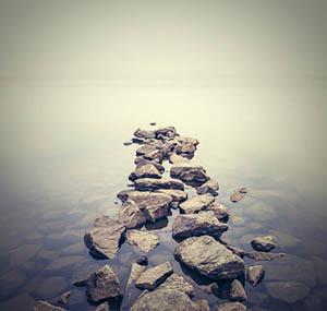 Ispirazione cielo terra decorazione sentiero pietre